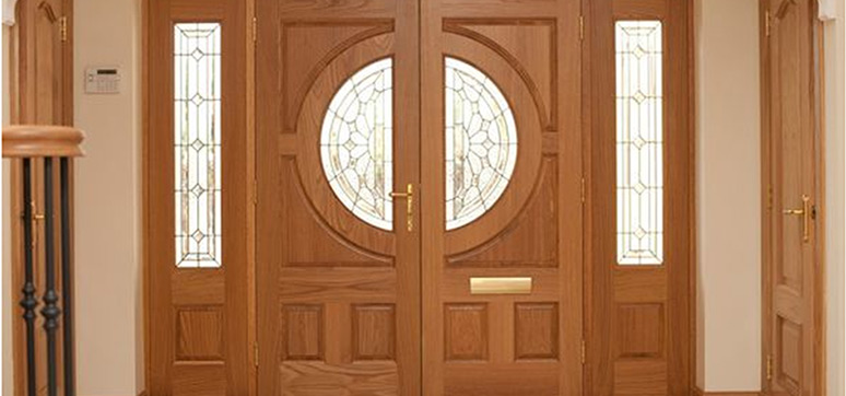 The Advantages of Using Wooden Doors